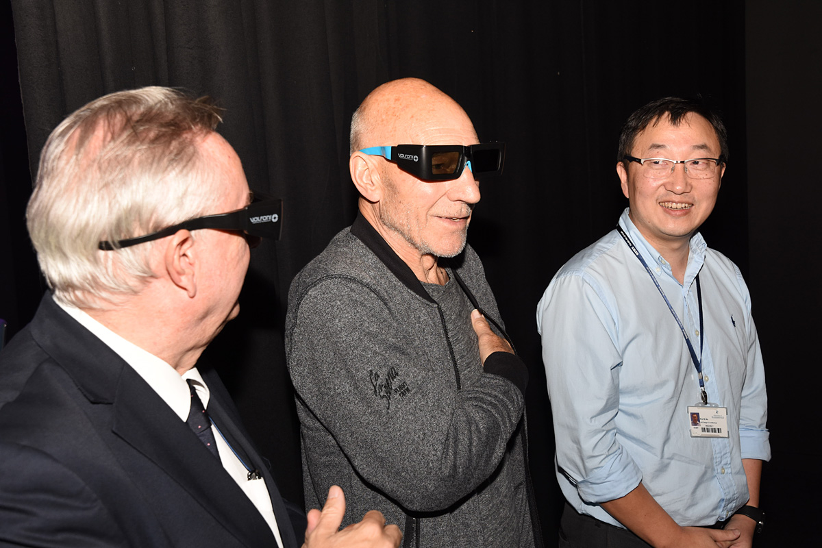 Sir Patrick Stewart (centre) with Professor Song Wu in the new Phidias Lab